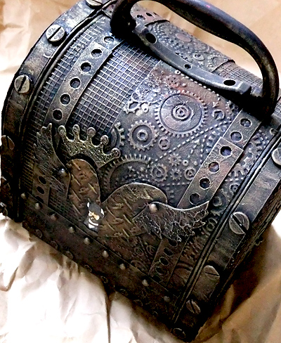 Steampunk_toolbox_2